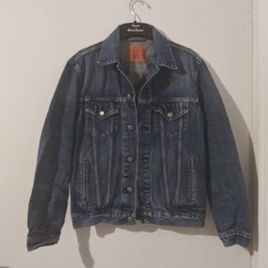 Levis Denim Trucker Jacket Size Large
